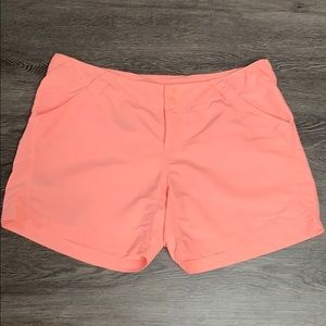 Columbia PFG Omni shade shorts size Large